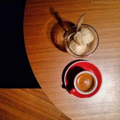 Affogato ; Kesederhanaan Kopi & Ice Cream Vanilla