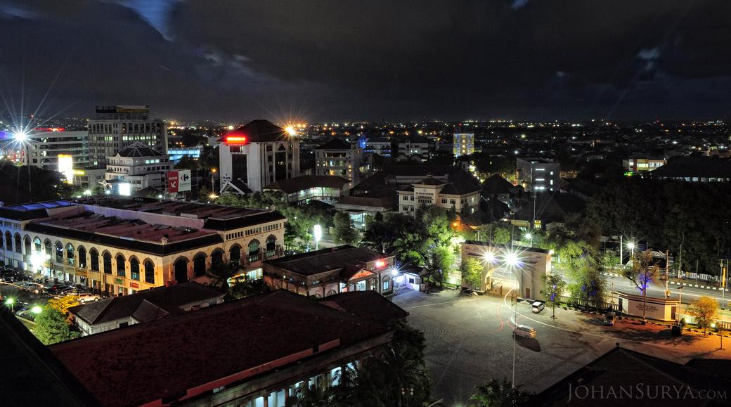 Cityscape : Jalan Pemuda, Semarang