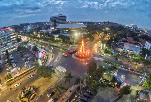 Jalan Pahlawan - Kantor Gubernur Jawa Tengah