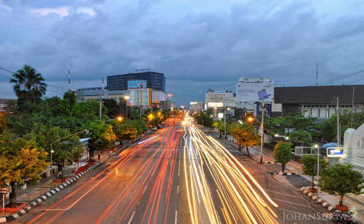 Jalan Pemuda - Crowne Plaza Semarang