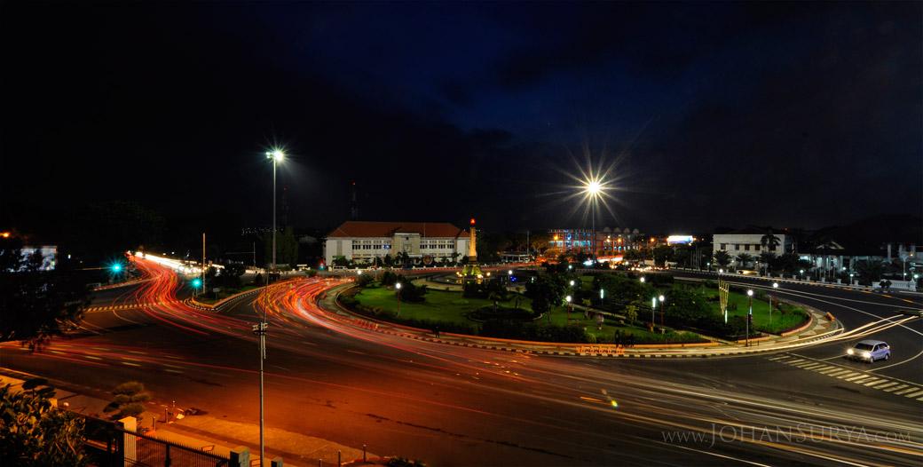 Night Shot Kawasan Tugu Muda Semarang