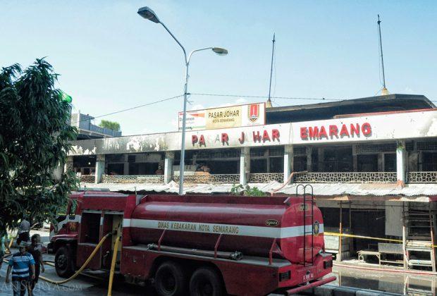 Pasar Johar Semarang - Tampak Depan