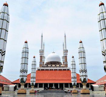 Masjid-Agung-Jawa-Tengah-Semarang