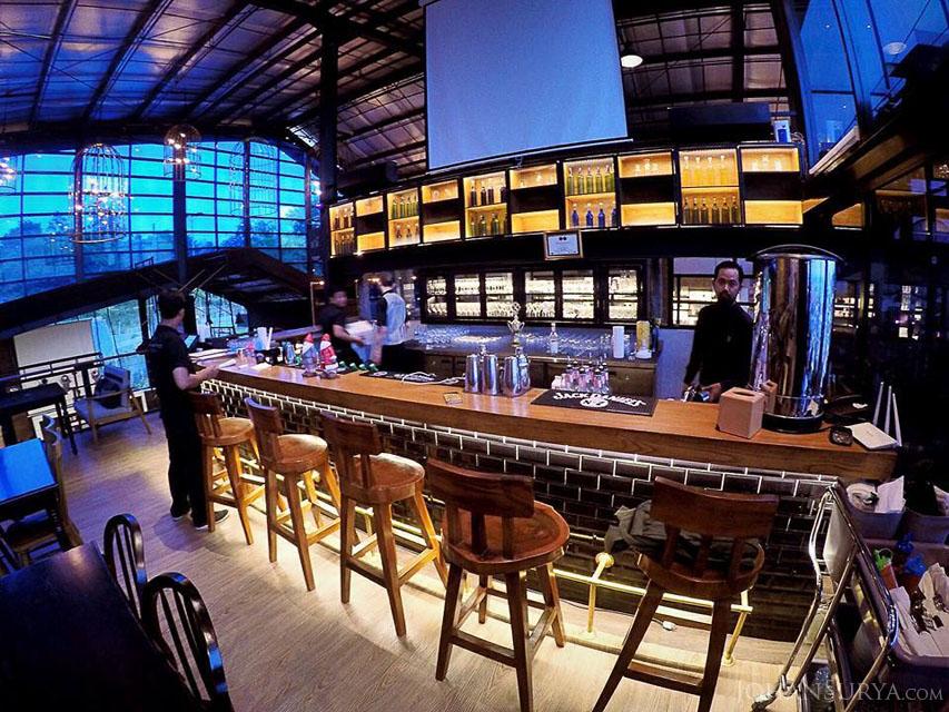 Nestcology - Land of Gastronomy - Bar Shop - GoPro Hero4