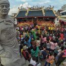 Patung Cheng Ho Klenteng Tay Kak Sie Gang Lombok