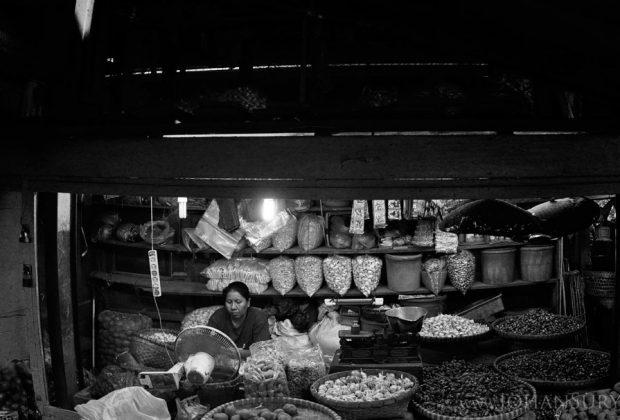 denyut-nadi-pedagang-pasar-johar-semarang