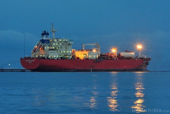 Kapal Pertamina - Pelabuhan Tanjung Mas