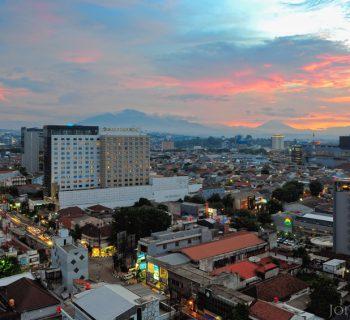 Gumaya Tower Hotel - Pessona Hotel - Crowne Plaza Hotel - Jalan Gajahmada