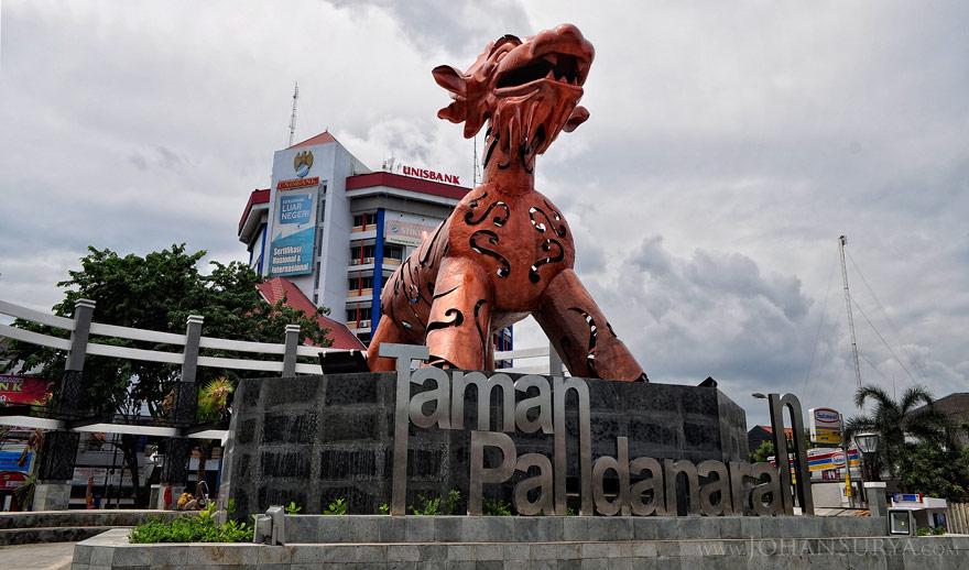 Warak Ngendhog di Taman Pandanaran Semarang