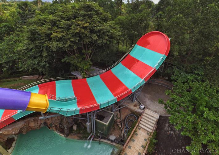 Boomerang Pool - Water Blaster Semarang